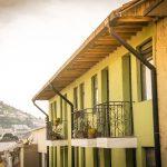 Fachadas de casas antiguas en Quito