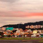Quito Moderno / Quito atardecer en invierno